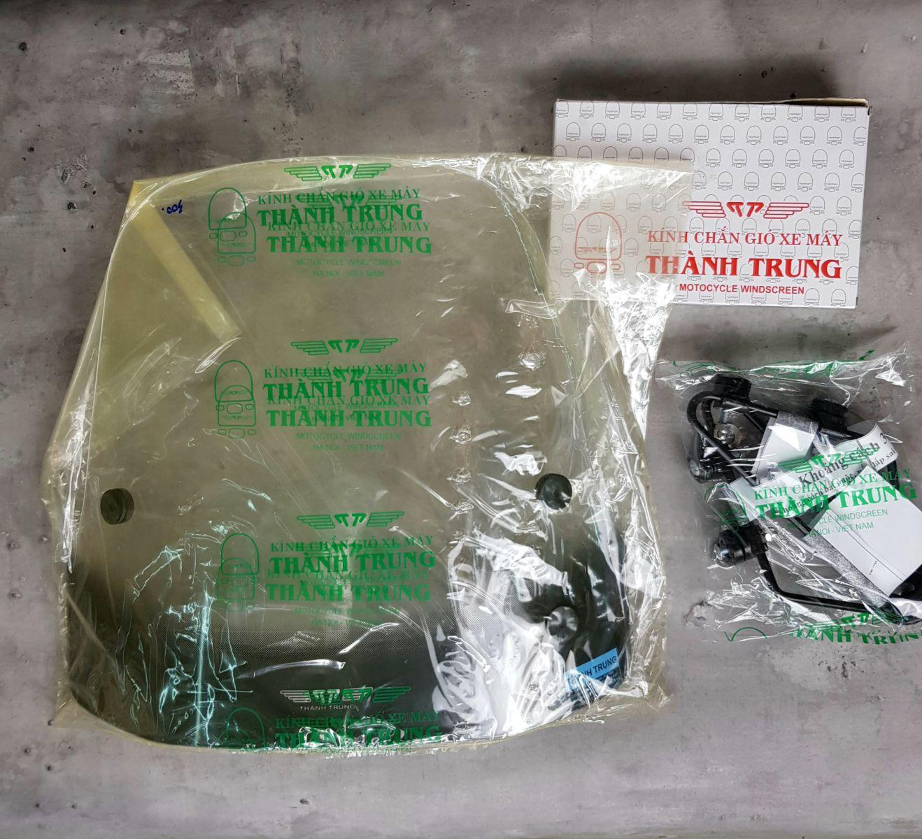 Kinh-chan-gio-xe-may-Vision-thuong-hieu-Thanh-Trung-6