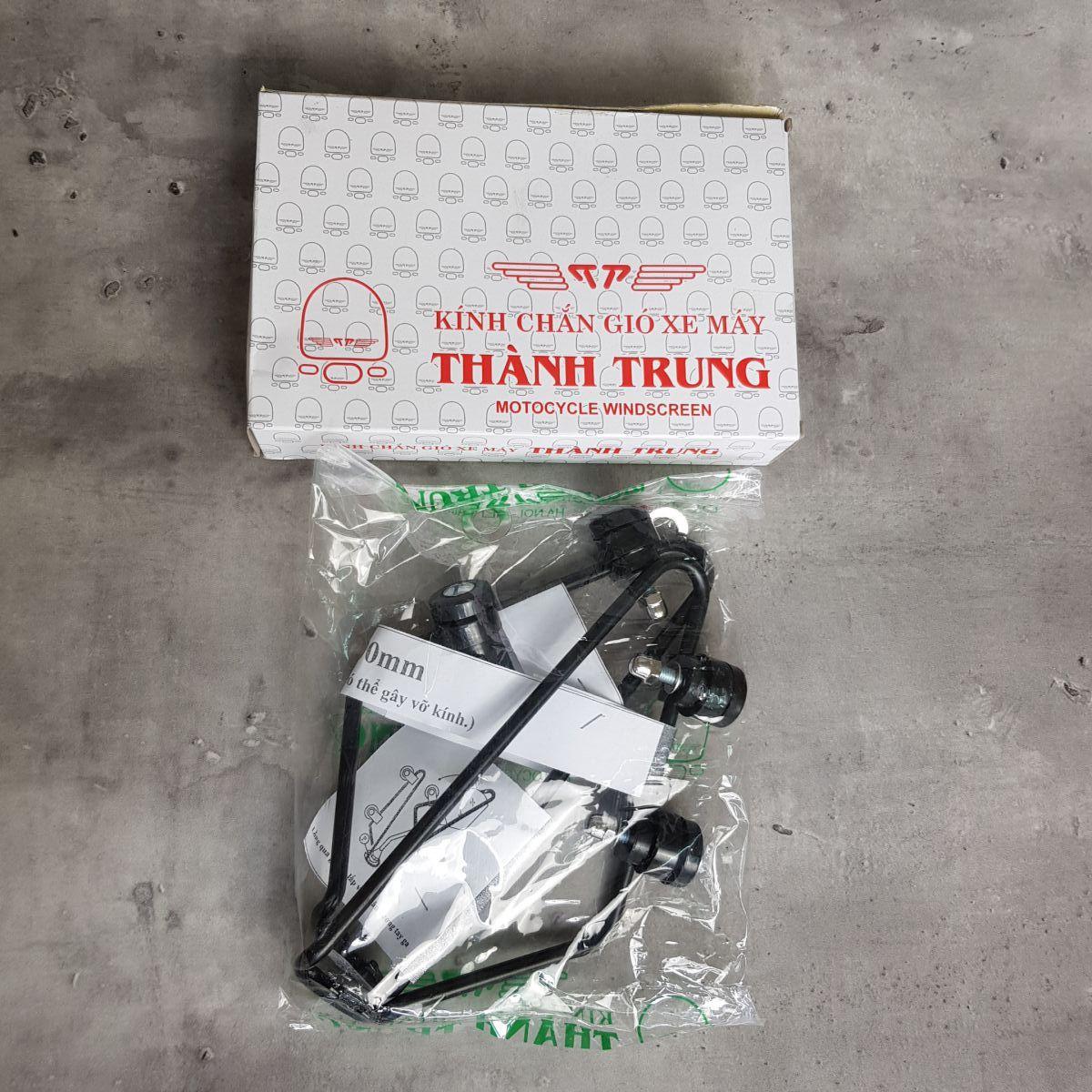 Kinh-chan-gio-xe-may-Vision-thuong-hieu-Thanh-Trung-9