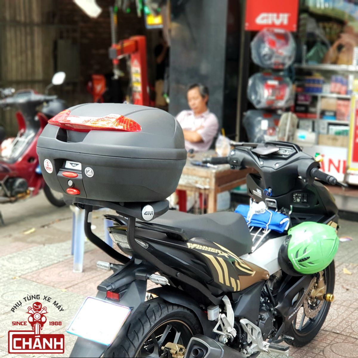 Thung-Givi-cho-xe-Winner-X-Winner-150-7