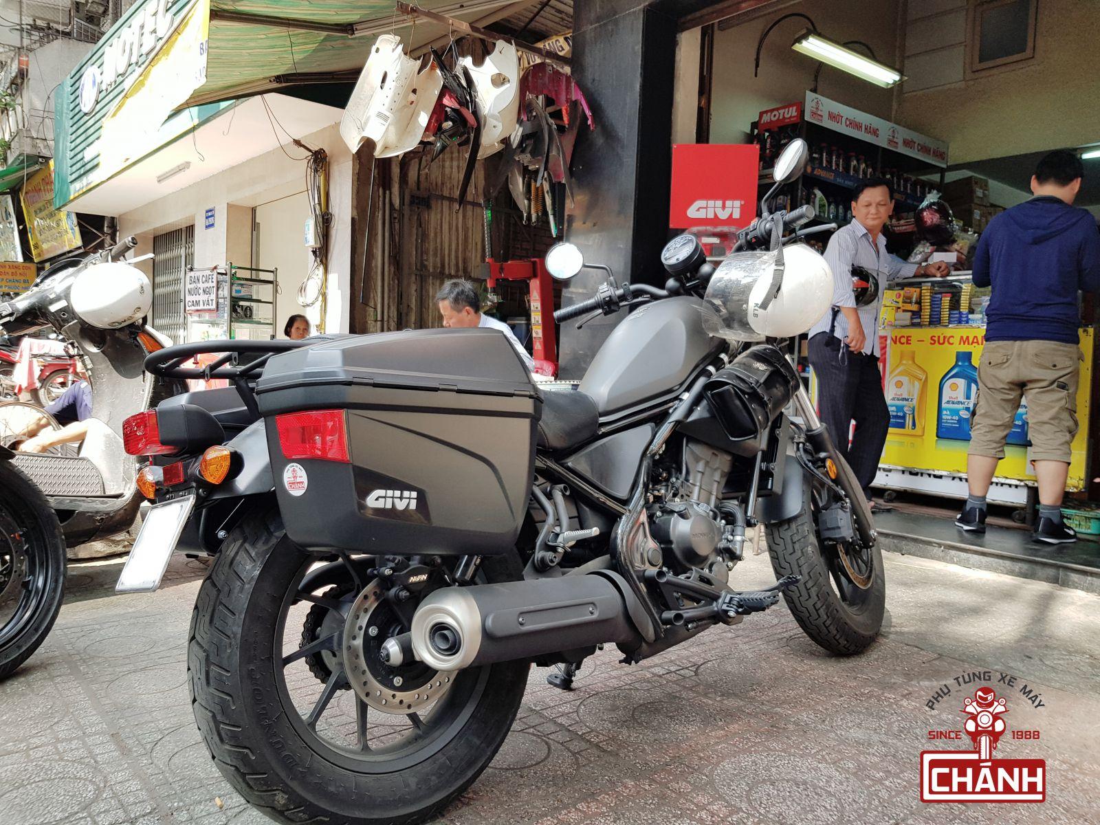 Thung-hong-givi-e22n-xe-honda-rebel-300-3
