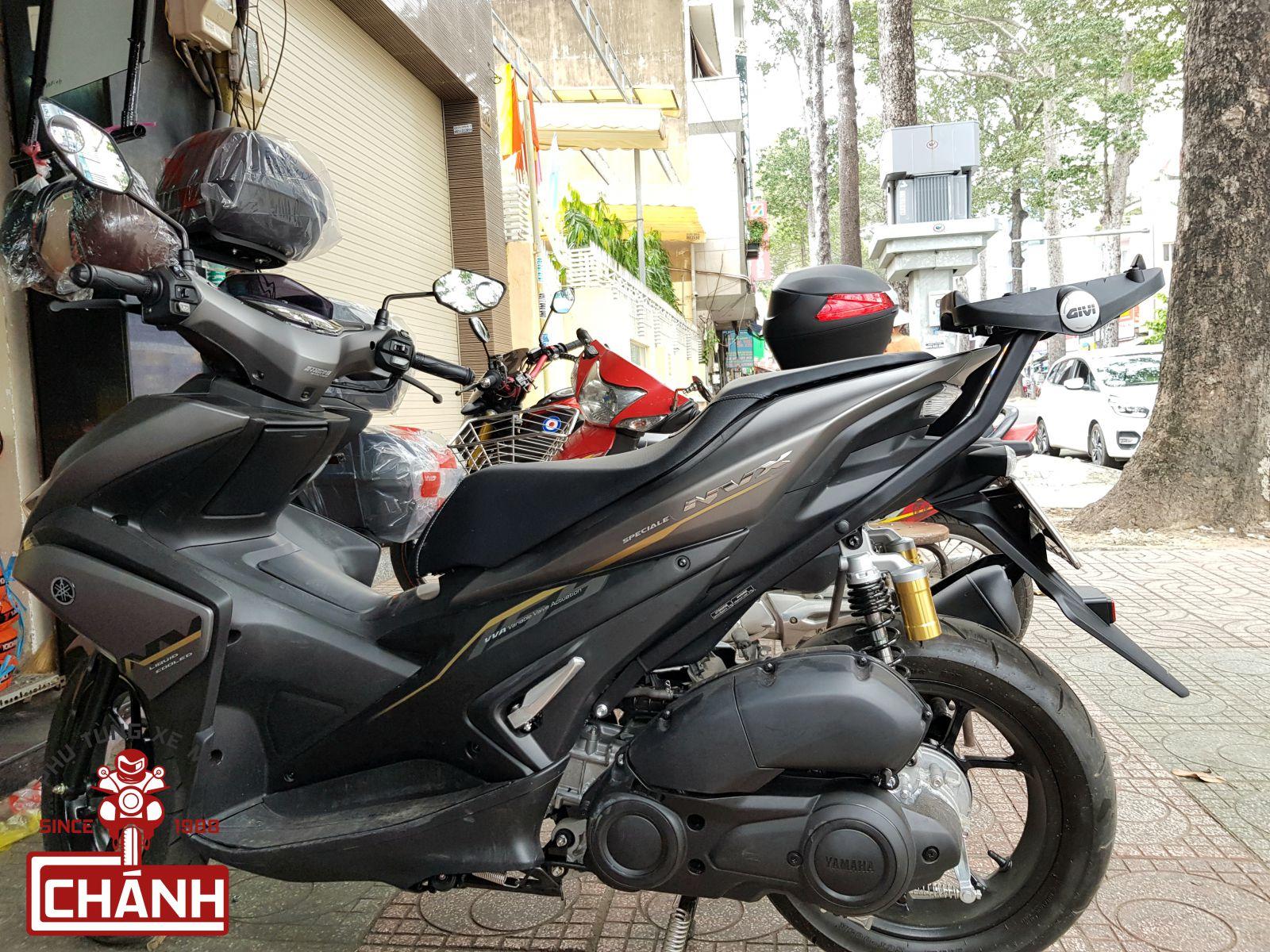 Baga-Givi-cho-xe-Yamaha-NVX-155-2