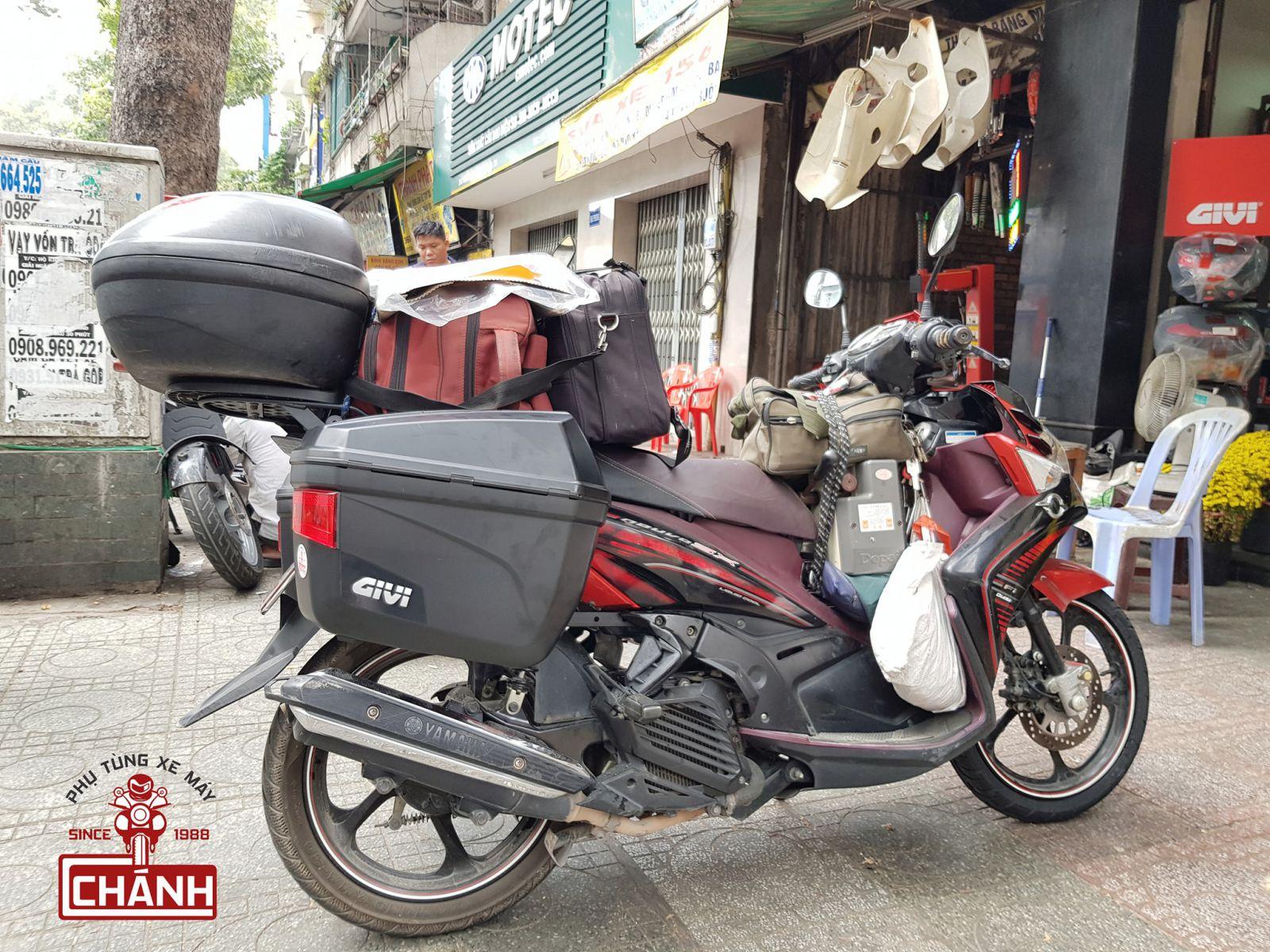 thung-hong-Givi-E22N-Nouvo-5-03