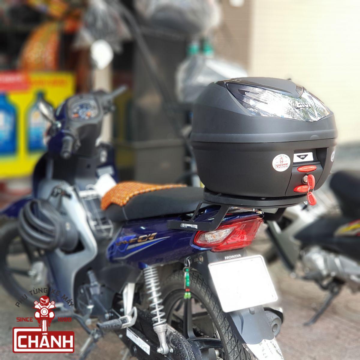 thung-sau-xe-may-loai-nho-chinh-hang-givi-3b